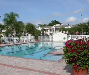 Boynton-Bay-Pool-Bougan1